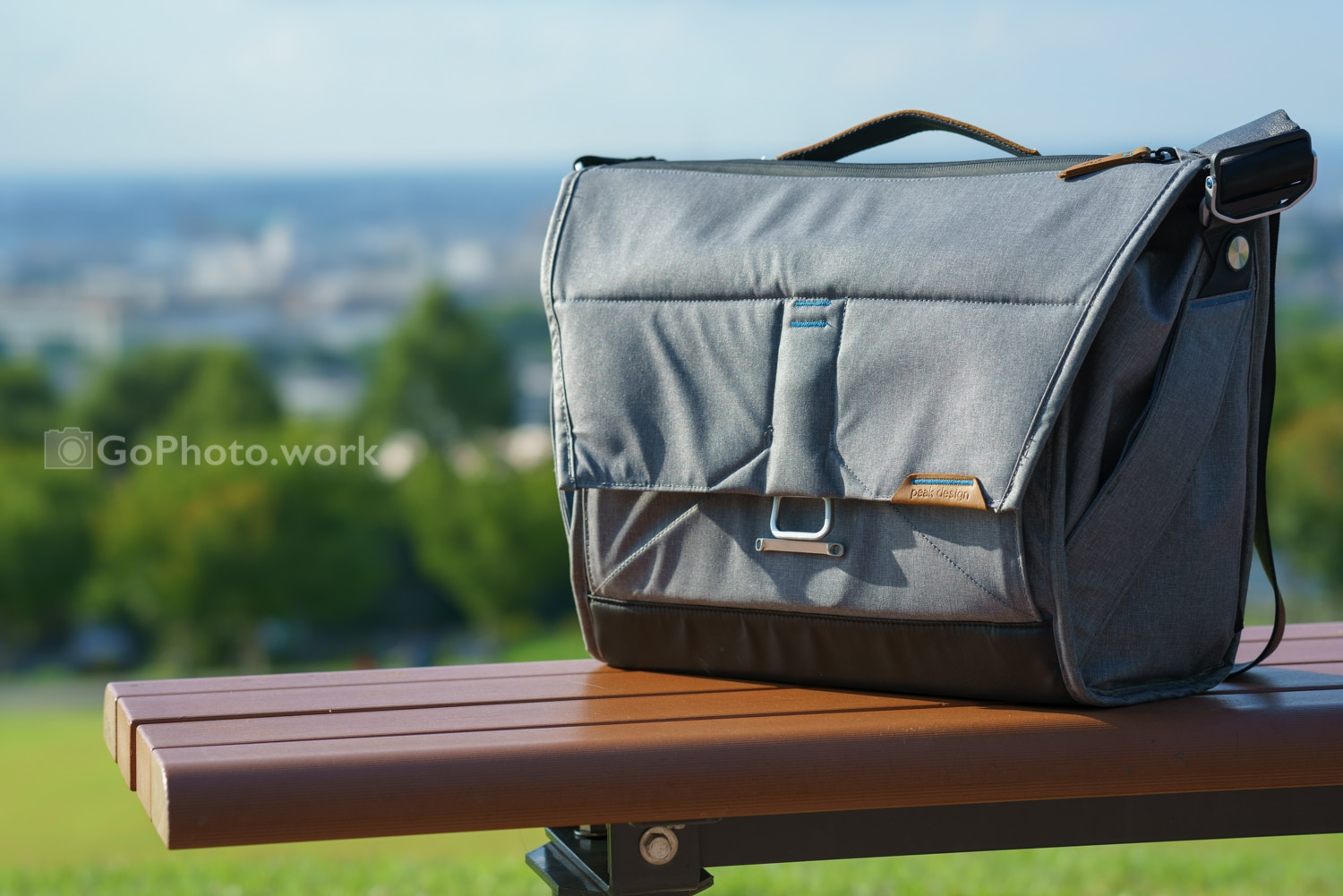 PeakDesign EverydayMessenger 15L Ash BS-15-AS 三ヶ月使用レビュー